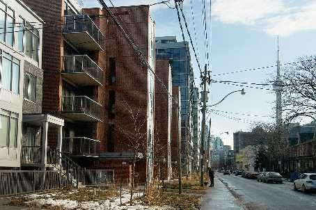 th105 - 64 Niagara St