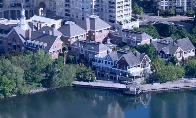 Th 113 - 2289 Lake Shore Blvd