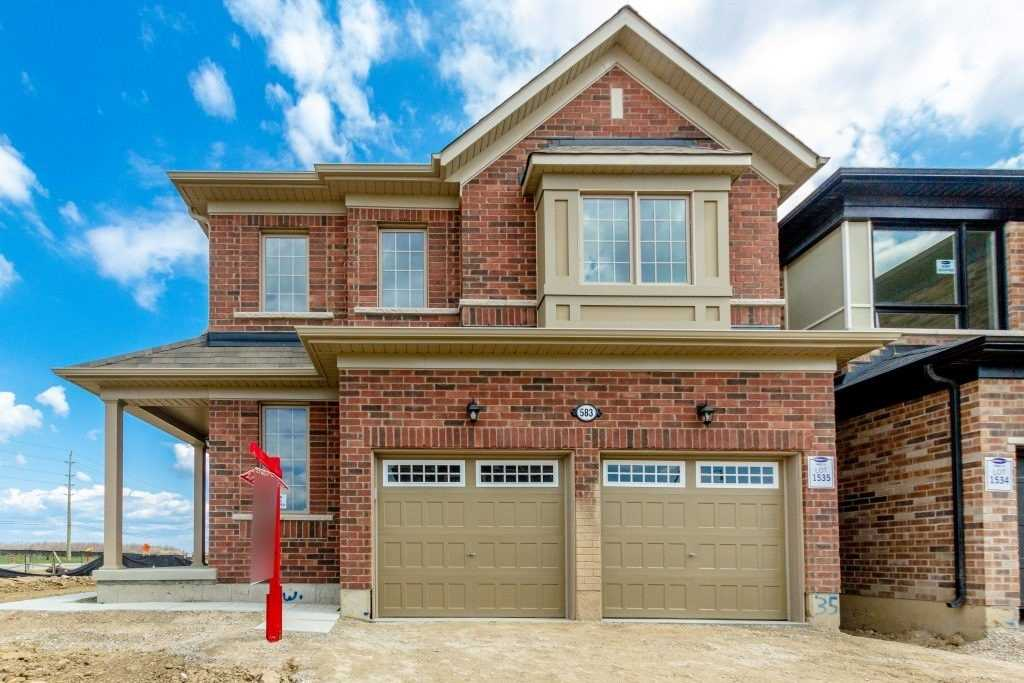 583 Queen Mary Dr