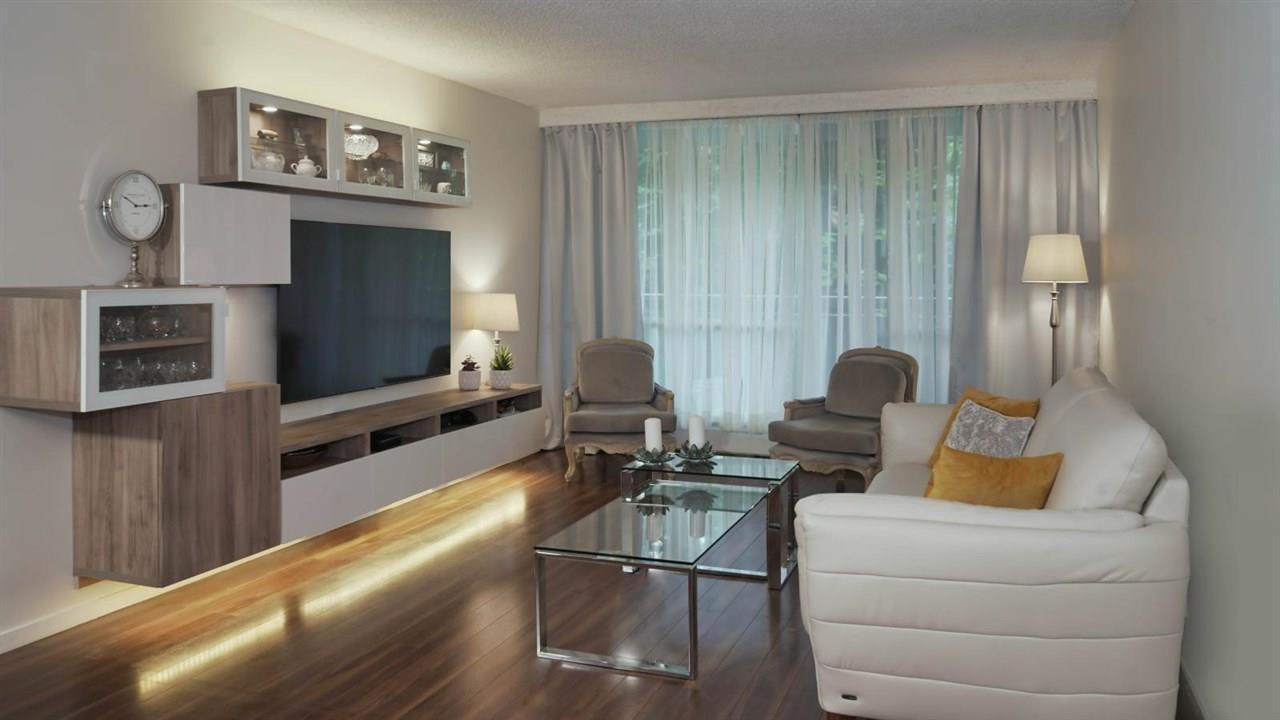 219 - 2012 Fullerton Avenue