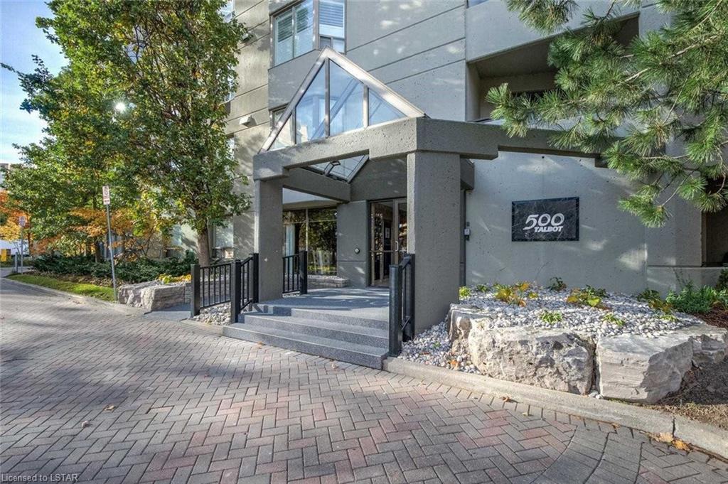 401 - 500 Talbot Street