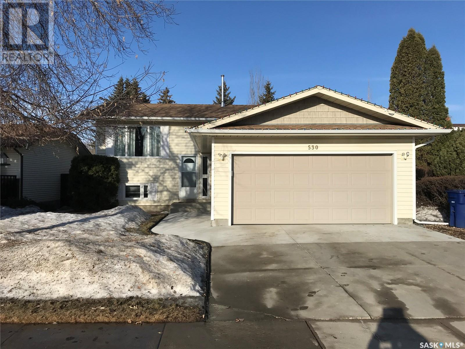 530 Brightsand Cres