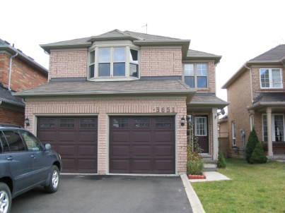 3651 Forest Bluff Cres