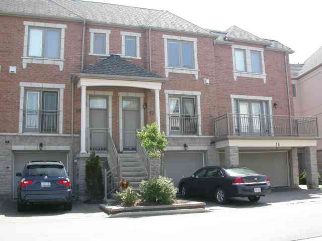 th17 - 9133 Bayview Ave