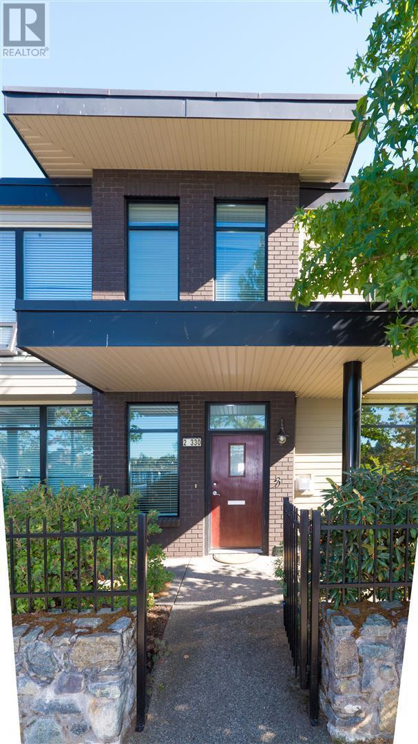 330 Waterfront Cres