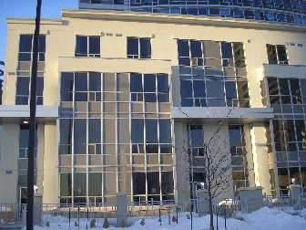 th130 - 38 Lee Centre Dr