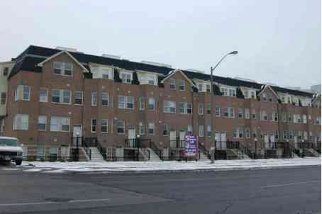 th34 - 760 Lawrence Ave W