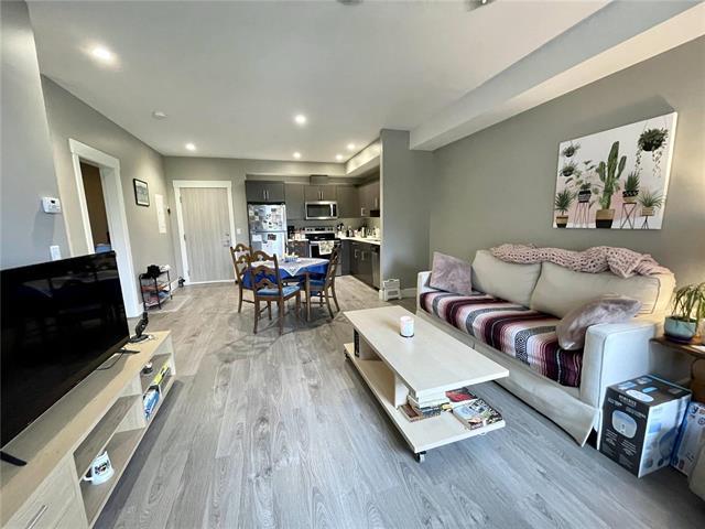 434 - 925 Leon Avenue