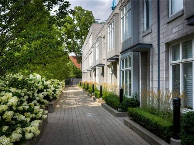 th07 - 385 Brunswick Ave