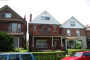 unit1 - 558 Clendenan Ave