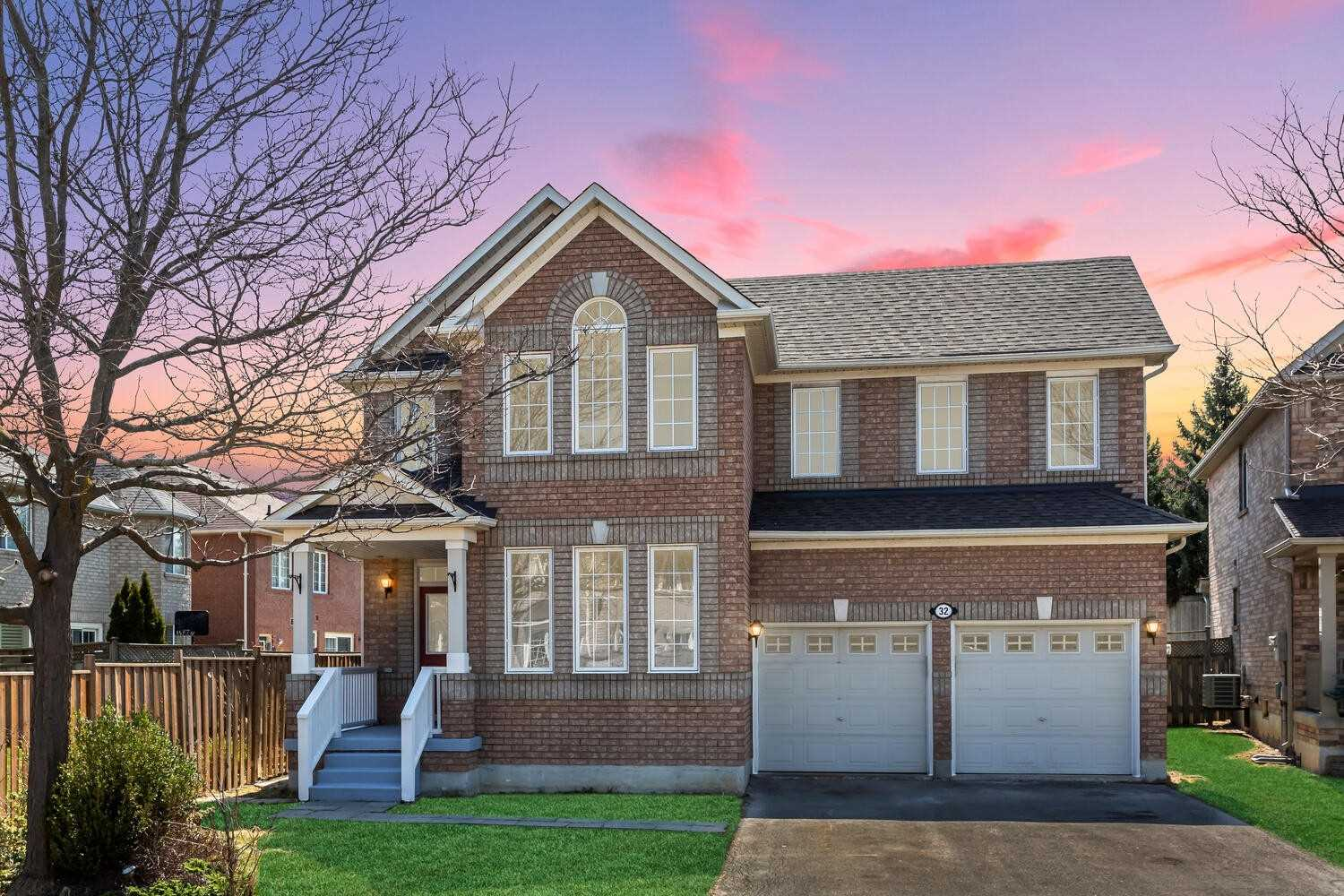 32 Cogswell Cres