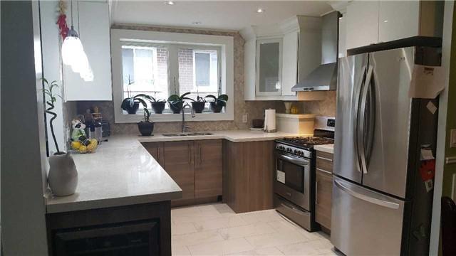 Super 78 Verobeach Blvd Toronto W3955799 Zoocasa Home Remodeling Inspirations Cosmcuboardxyz